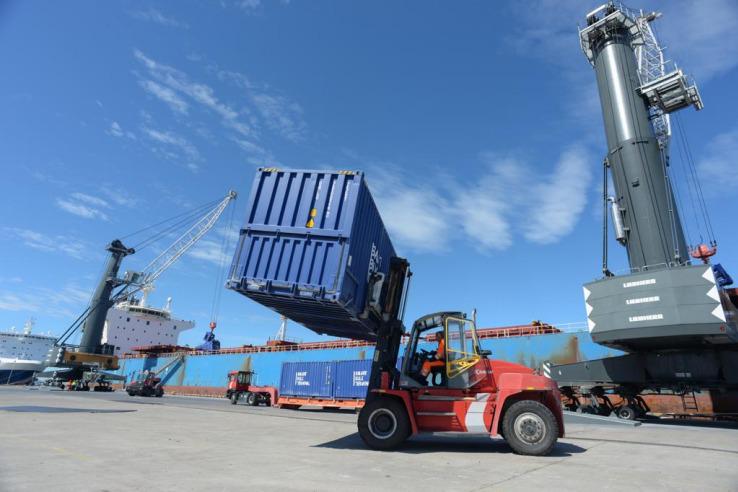 НАЦПРОЕКТЫ: Ленинградская область помогла экспортерам в море