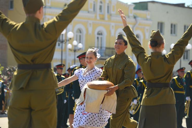 Область празднует День Великой Победы