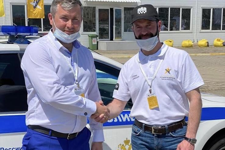 Лучшим таксистом России стал ленинградец