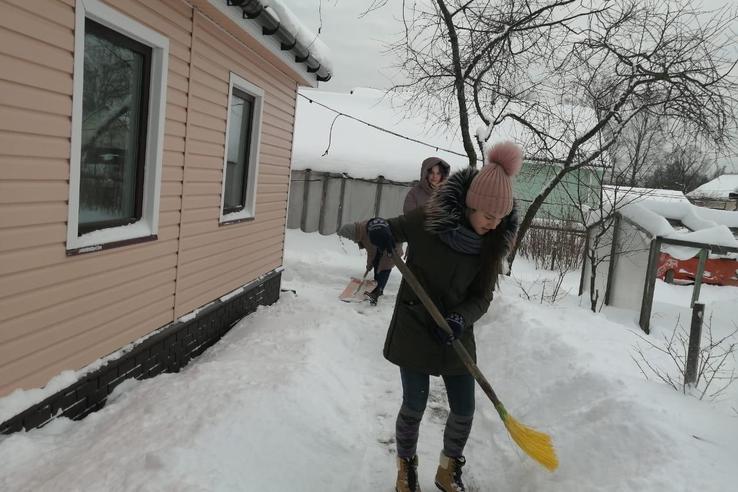 НАЦПРОЕКТЫ: областные волонтеры помогают ветеранам в быту