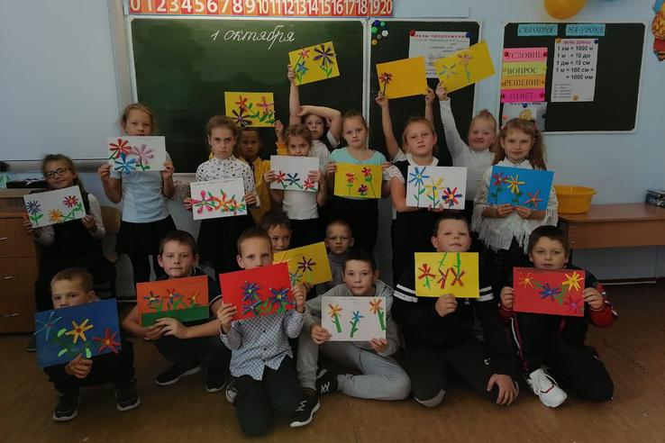 Ленинградские школьники благодарят старшее поколение