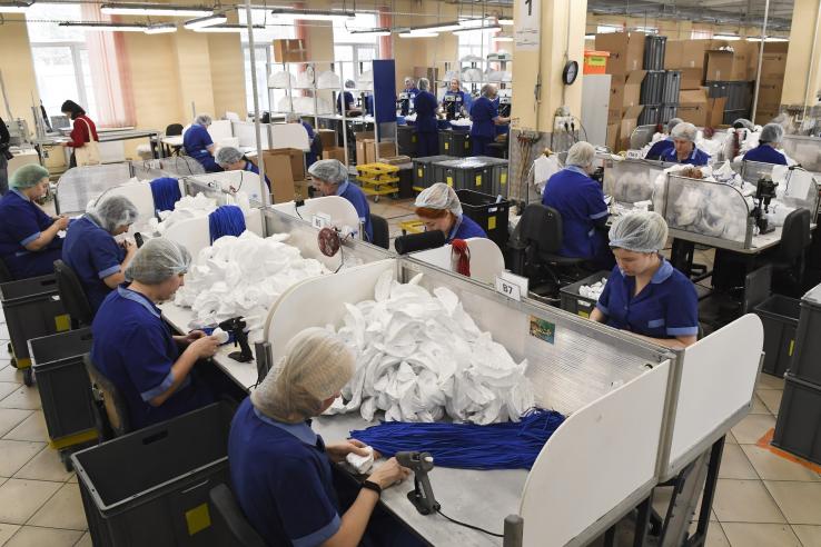 Производители медзащиты работают без выходных