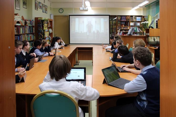 Лучшая школьная библиотека России — в Ленинградской области