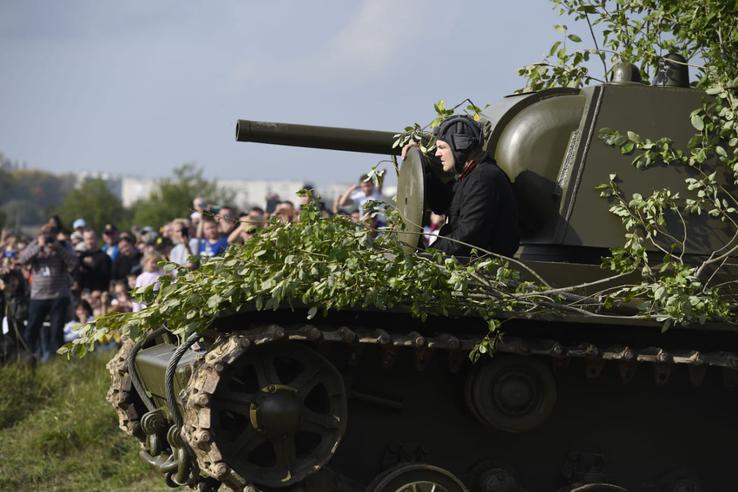 Крупнейший танковый бой воссоздан под Виллози