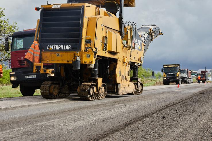 НАЦПРОЕКТЫ: область ремонтирует главную дорогу Тихвинского района